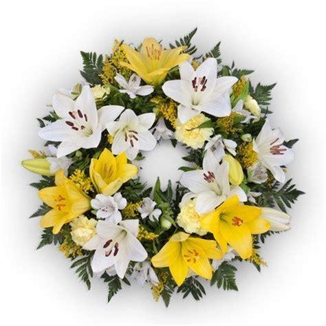 corone di fiori per funerali fiori per funerale e corone funebri floraqueen