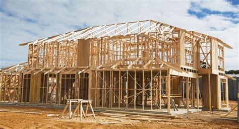 huis laten bouwen hypotheek zelf bouwen met hout gewoon over geld
