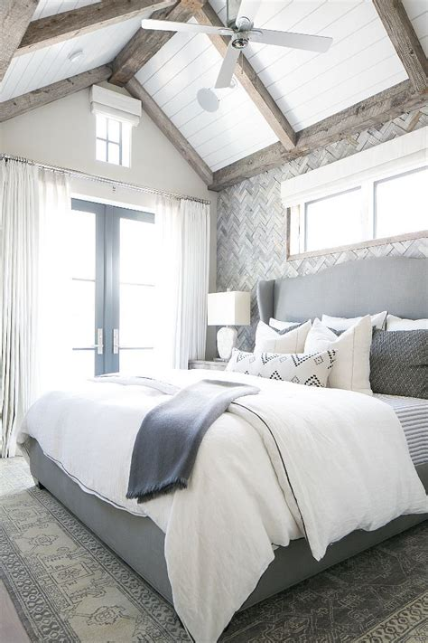 grey master bedroom 17 best ideas about navy home decor on pinterest navy 11753 | ee0d02d203360d3578f69b03e8b04916