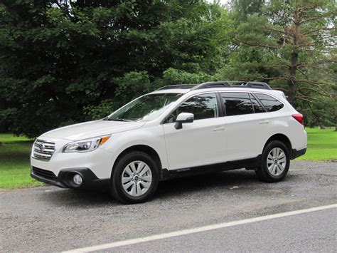 subaru outback 2016 white 2015 subaru outback gas mileage review of crossover wagon