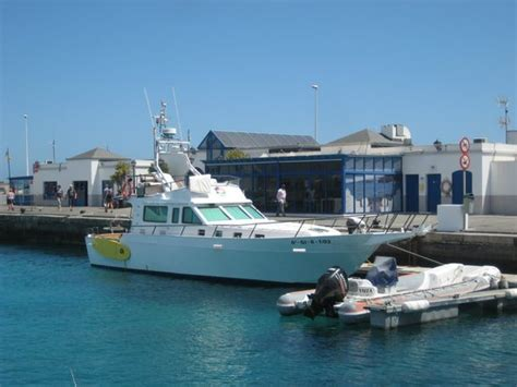 boat trip playa blanca playa blanca hoarbour picture of chillout cruises playa