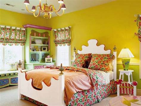 bright l for bedroom how to decorate a bedroom with yellow