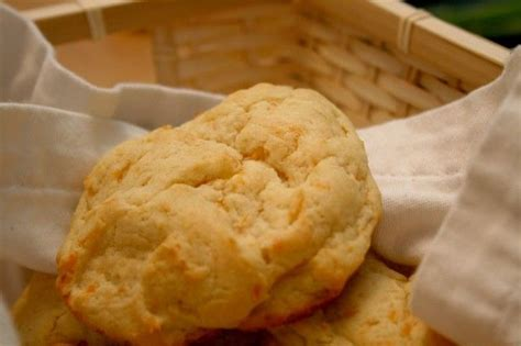 Lobster Treats Really by Lobster Cheddar Bay Biscuits Copycat Recipe