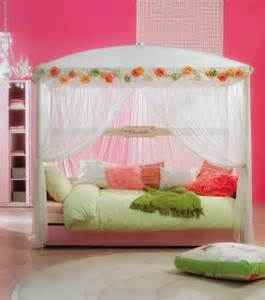 Canopy Bed Kid The Boo And The Boy Canopy Style Beds