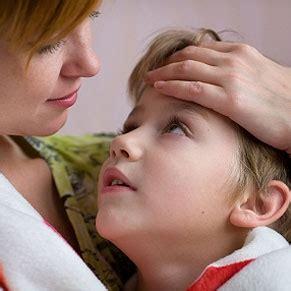 alimentazione in caso di vomito vomito e diarrea come alimentare i bambini blogmamma it