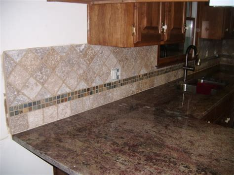 How To Tile A Kitchen Wall Backsplash Kitchen Backsplash Decorating Ideas Feature Marble Pattern Accent Tiles And Small Square