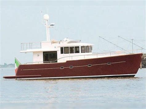 buy a boat maine cantieri estensi 480 maine for sale daily boats buy