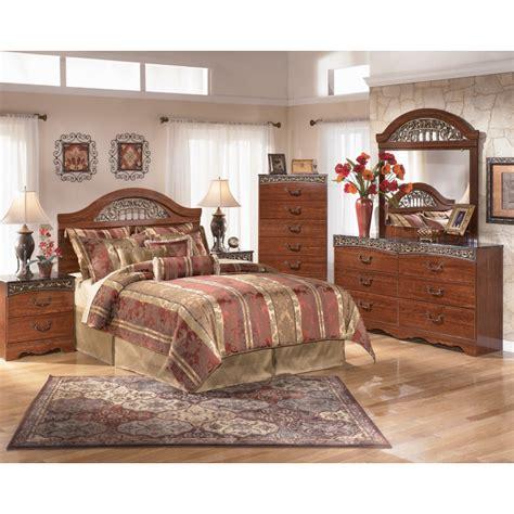 fairbrooks estate poster bedroom set fairbrooks estate 4pc panel bedroom set