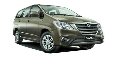On Road Price Toyota Innova Toyota Innova Price 13 46 16 73 Lakh Mileage Specs