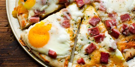 Christmas Kitchen Ideas by Best Ham Egg Amp Cheese Breakfast Pizza Recipe How To Make