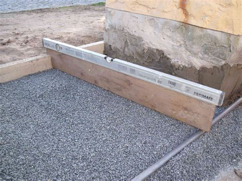 mähkante granit verlegen terrasse pflastern anleitung f 252 r heimwerker bauen de