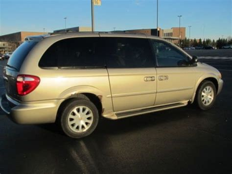 200 Chrysler Town And Country Buy Used 2002 Chrysler Town And Country In Barrington