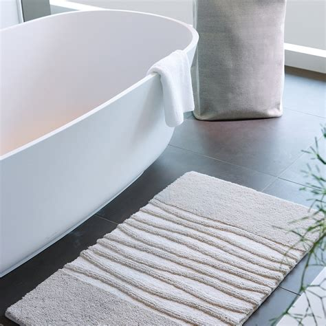 Silver Bath Rugs by Buy Aquanova Bath Mat Silver Grey 80x160cm Amara
