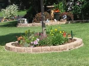 Pet Memorial Garden Ideas Flower Bed Around Tree For The Quot Memorial Quot Pet Tree