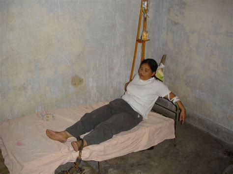 tied to headboard the abuse suffered by ms tang yunxia from chengdu city