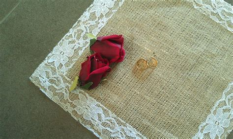 burlap and lace table toppers pearltrees