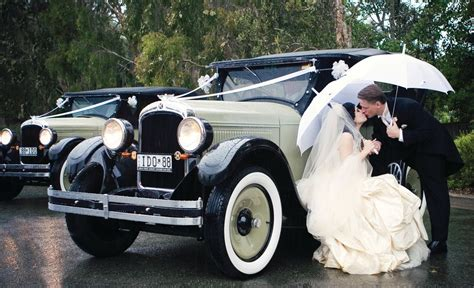 Wedding Car Gold Coast by Gold Coast Luxury Vintage Car Hire Wedding Cars Carrara