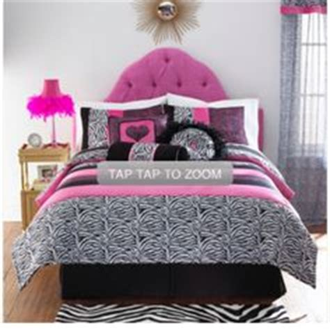 cute bed cute bed spreads and pillows on pinterest bed spreads