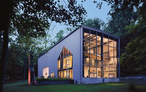 mäuse im haus it s a steel eco friendly quonset hut upstate brings the