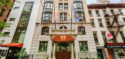 the best hotels in new york city five of the best budget hotels in new york city