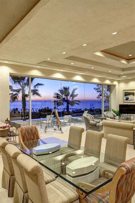 La Jolla Living Room - oceanfront living room design from a la jolla california