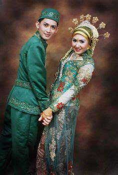 Model Terbaru Dress Tiara And By Eq gaun pengantin muslim modifikasi picture weding collection muslim