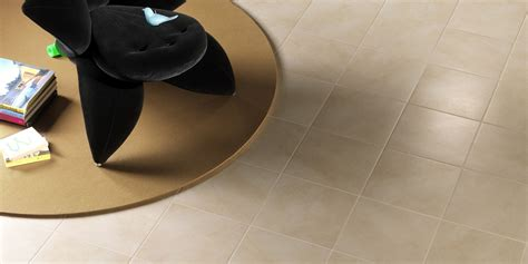 piastrelle lucide pavimento piastrelle lucide pavimento amazing mattonelle lucide