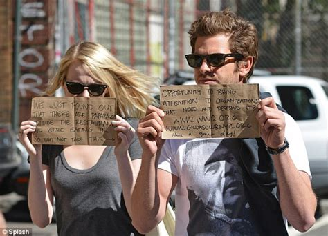 emma stone charity spider man stars andrew garfield and emma stone use their