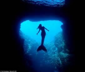 beautiful mermaid googeli