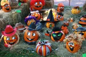 Plastic Pumpkins Kids Party Planning For Halloween Ziggy Zoo Entertainer And Dj