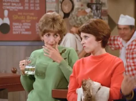 theme song laverne and shirley laverne and shirley theme song mp3
