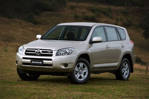 subaru nissan subaru forester vs toyota rav4 vs nissan x trail photos