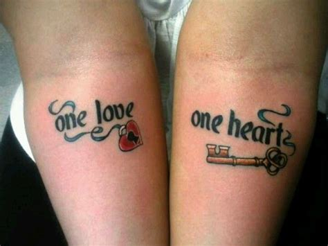 tattooed couples we heart it one love one heart couples tattoo bob marley tatts