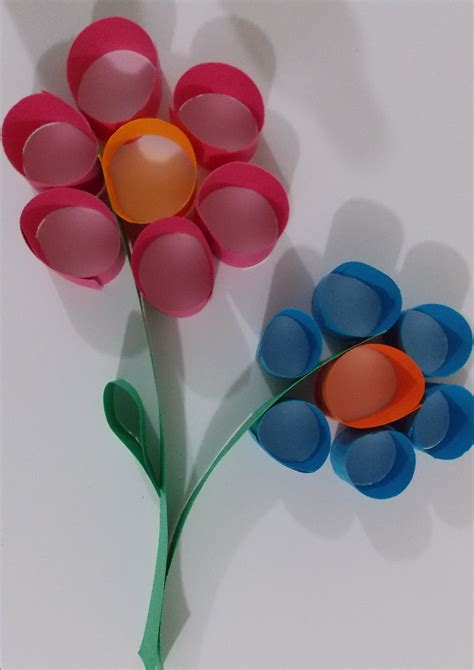 Easy Arts And Crafts With Construction Paper - flower paper craft easy paper crafts easy projects