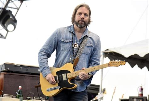 best black crowes songs black crowes rich robinson says he doesn t have a brother