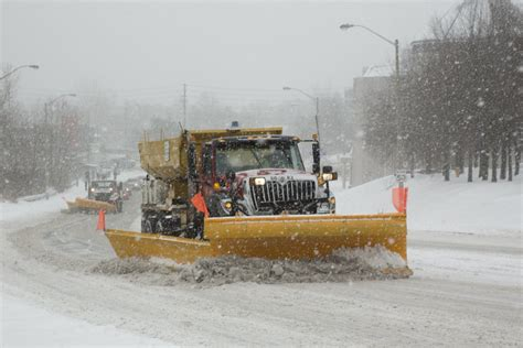 snow plow city of toronto s new snow plow tracking map put to the test toronto