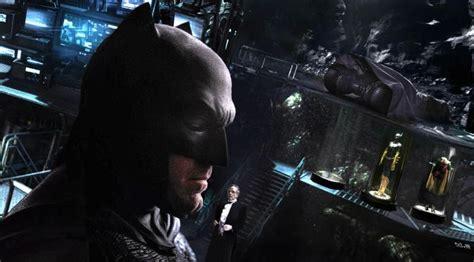 bioskopkeren gotham inilah kostum batman dari era 40 an dafunda com