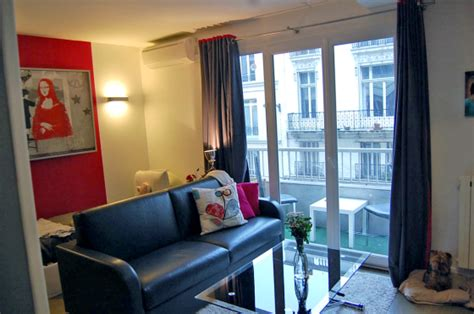 studio apartment under 400 sq ft living with pets in a studio apartment intentionally small