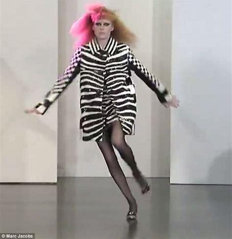 Slip On Starbuana Model Black Spot White marc resort show model falls halfway up runway daily mail