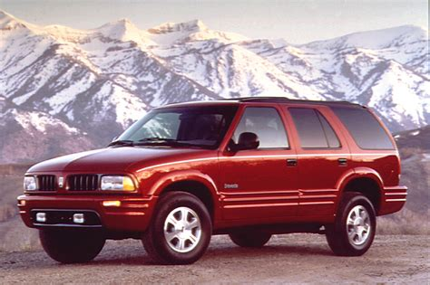 how do cars engines work 2001 oldsmobile bravada parental controls 1996 01 oldsmobile bravada consumer guide auto