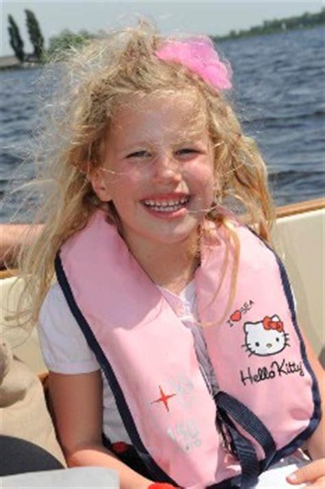 besto reddingsvest test kinder zwemvesten en reddingsvesten kopen veiligheid aan