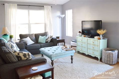 updated living room ideas 26 best images about living room on pinterest distressed