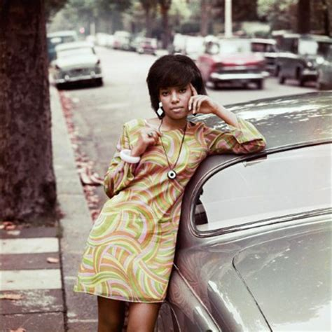 1960s african american fashion trends colour me beautiful james barnor s photographs for drum