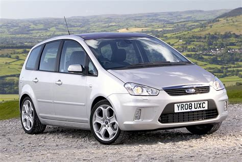 family car ford 163 5000 family cars to replace a vauxhall zafira green flag