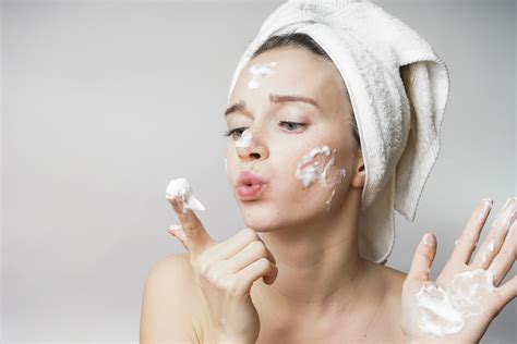 How To Get Rid Of Acne Scars by How To Get Rid Of Acne Scars With And Store Bought