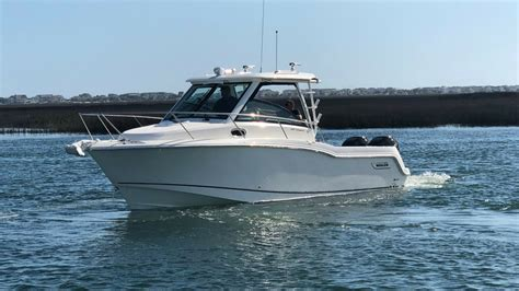 boat r wrightsville beach 2018 boston whaler 285 conquest boat for sale at marinemax
