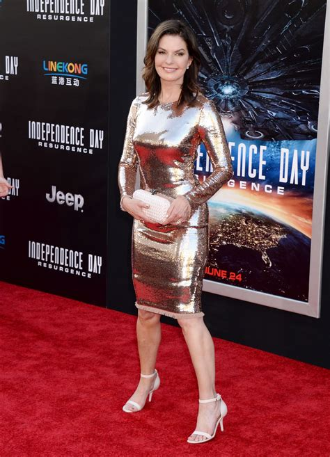 s day premieres 2016 sela ward at independence day resurgence premiere in