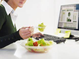 Lunch At Desk by Do You Eat Lunch Alone At Your Desk Why We Need To Reclaim Our Lunch Alternet