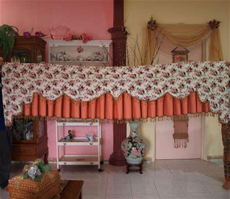 kertas dinding english style diari de sal langsir corak bunga vantage