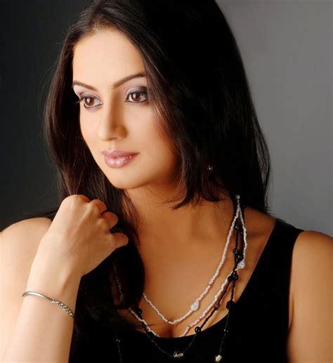 shruti marathe actress marathi shruti marathe is marathi actress from pune appearing in
